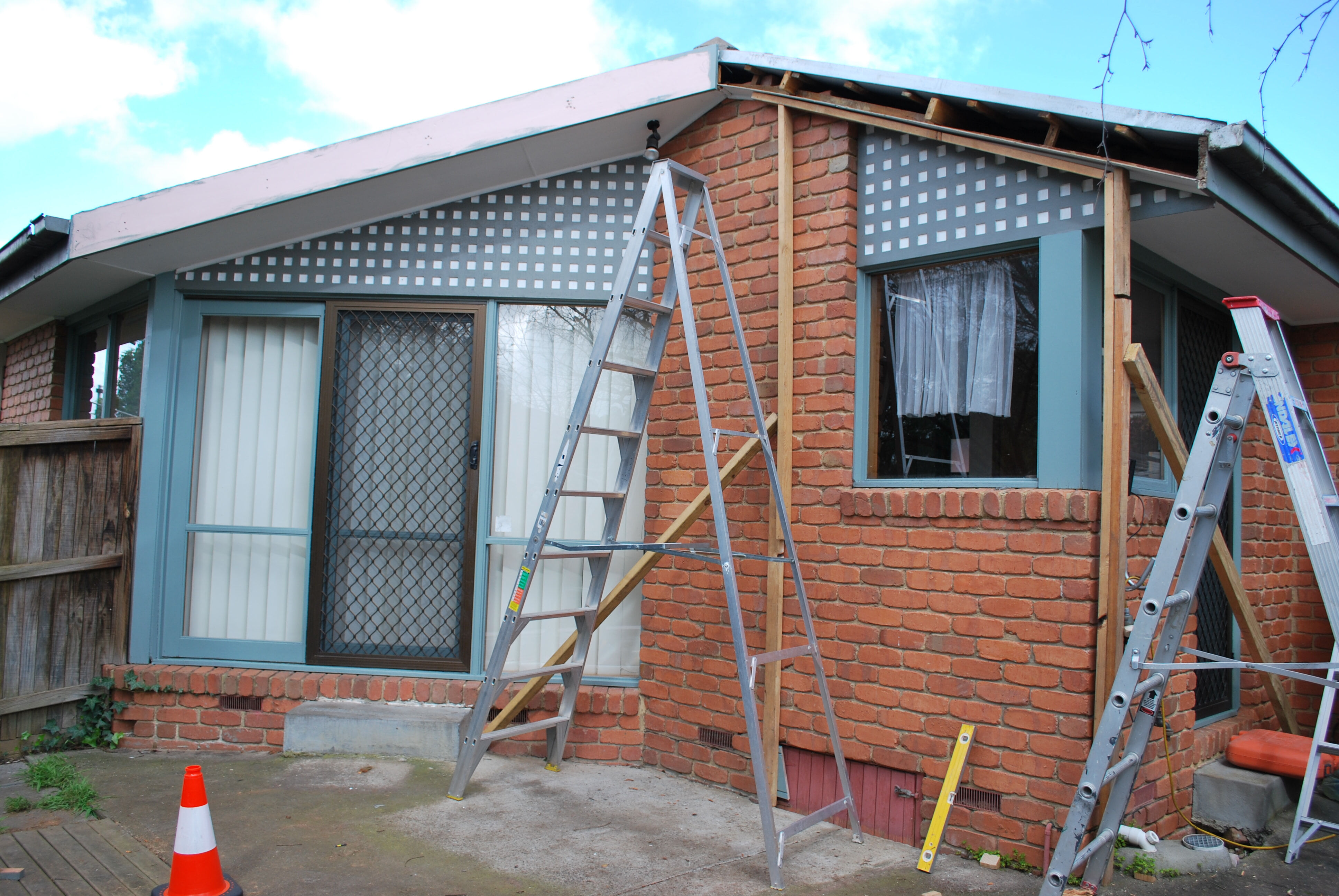Building new pergola Glen Waverly 1